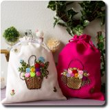 リボン刺繍の花柄きんちゃく袋